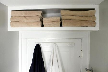 6 Ah-Ha Hacks the Pros Use to Max Out Bathroom Space!