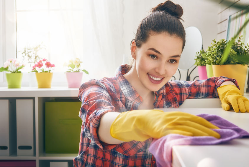 Cleaning for a Home Showing